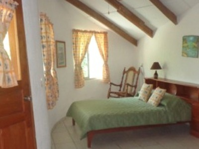 Golden oriole cottage
